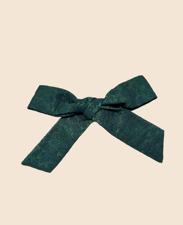 Lazo de seda verde